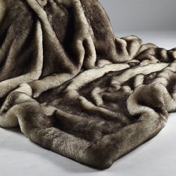 brown-snow-fox-throw